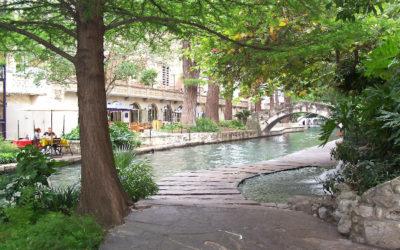 Riverwalk Hotel Restaurants and Bars